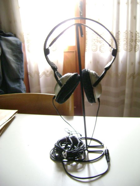 eldino_ikea_hacking_kroken_headphone_stand_2